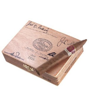 Padron Family Reserve #44 Natural