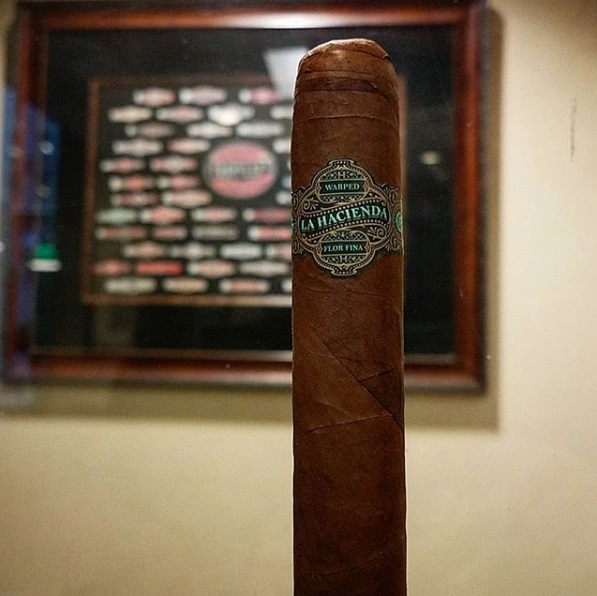 Warped La Hacienda Gran Robusto (Single)
